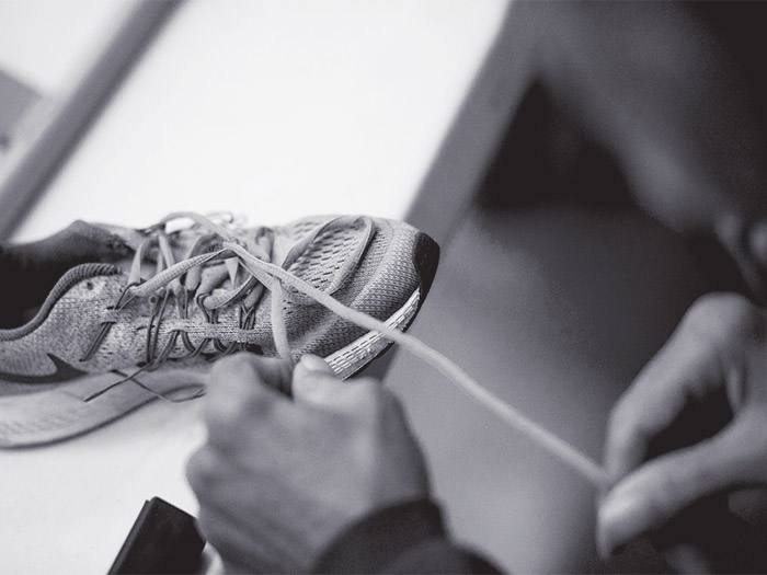 Boxers do exercises, like tying shoes, to help with their symptoms.