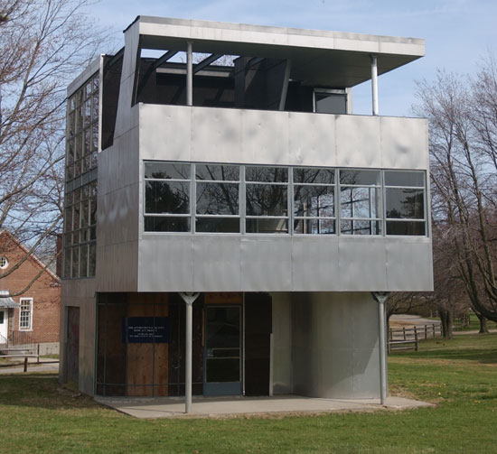 Modern Artifact: The Story of Aluminaire House | Magazine | NYIT